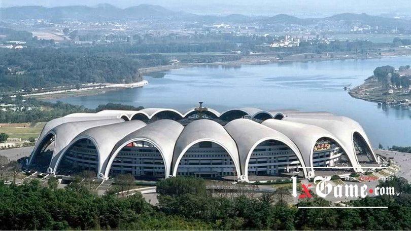 Стадион Первого мая (Rungrado 1st of May Stadium) - крупнейший стадион в мире
